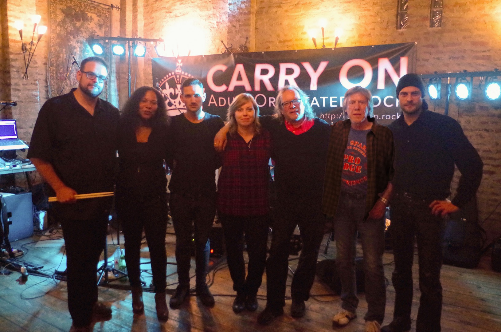 Band Foto Carry On